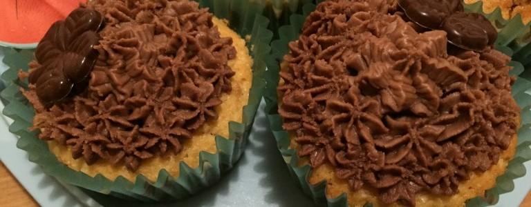 herbstlicher-erdnussbutter-cupcake